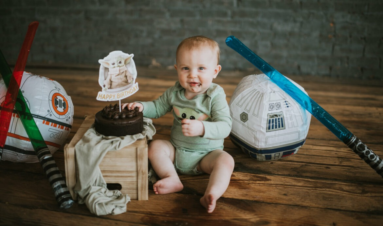 Baby Yoda Star Wars Cake Smash - One-Year-Old  Photoshoot